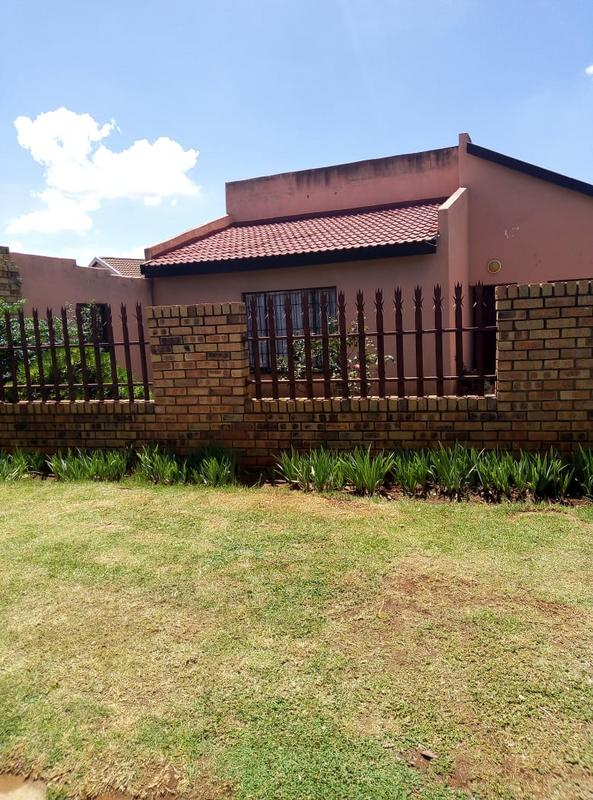 Property For Sale in Ennerdale Ext 10, Johannesburg 2
