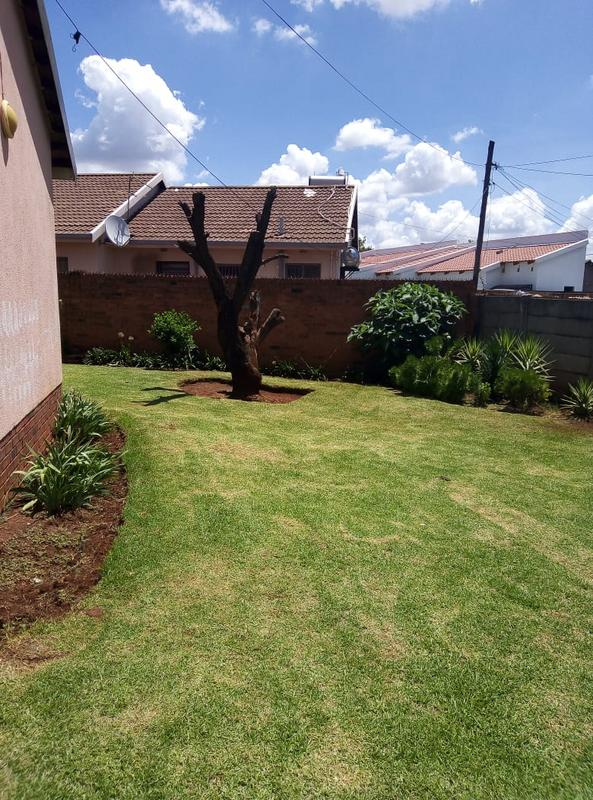 Property For Sale in Ennerdale Ext 10, Johannesburg 6