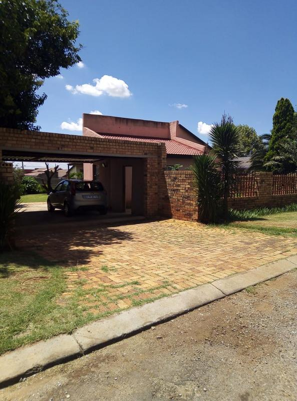 Property For Sale in Ennerdale Ext 10, Johannesburg 5