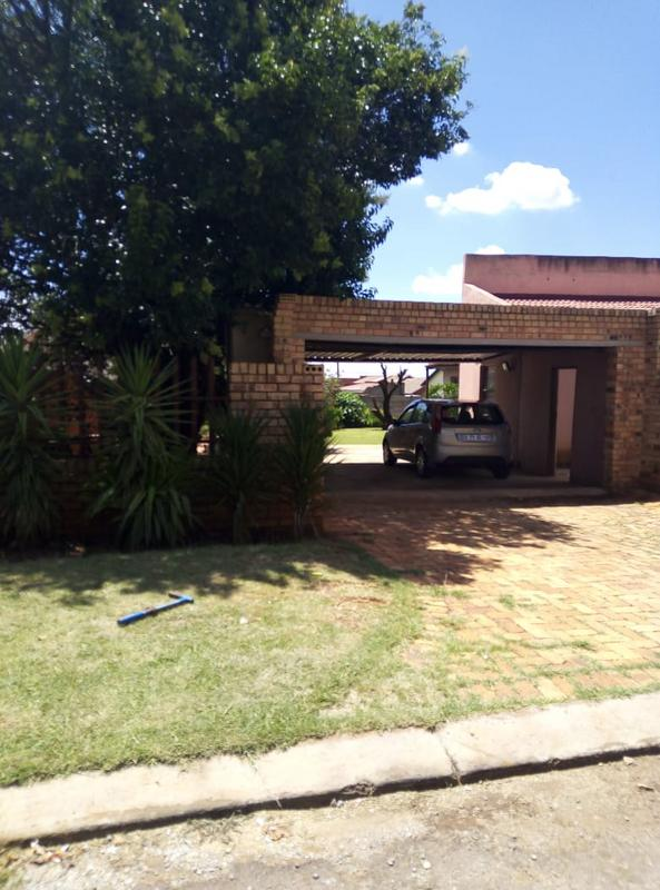 Property For Sale in Ennerdale Ext 10, Johannesburg 9