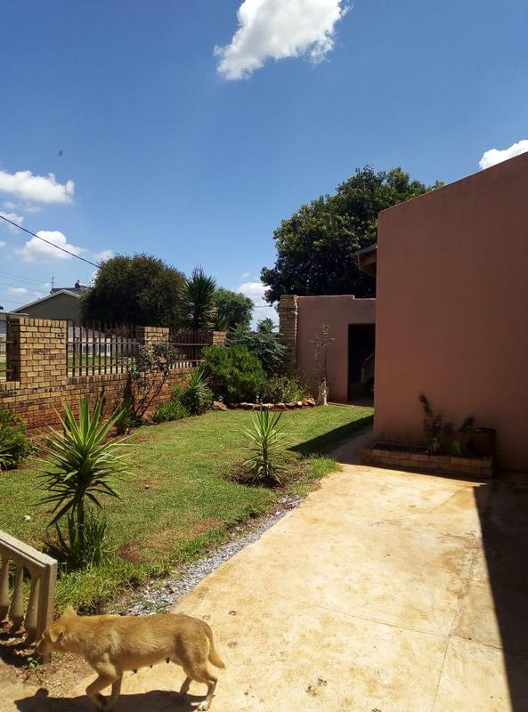 Property For Sale in Ennerdale Ext 10, Johannesburg 8